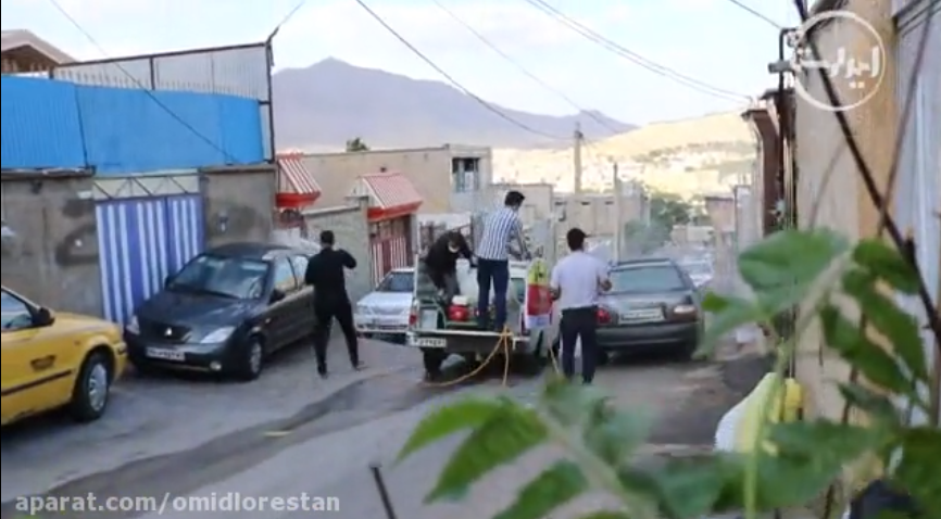 گند زدایی معابر خرم آباد توسط گروه جهادی پشت بازار همزمان با ایام لیالی قدر