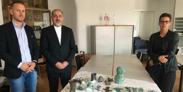 اشیاء باستانی متعلق به لرستان از اتریش به کشور بازگردانده میشود