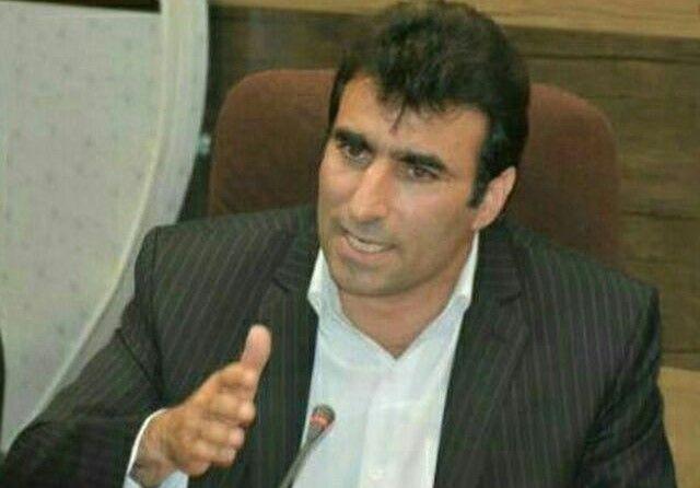 شهردار خرم آبادضعیف است/ حرف شریفی را کسی در شهرداری نمیخواند/ جلوی ضرر را از هرکجا بگیریم منفعت است