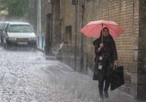 ۲۴ ساعت بارانی / تعطیلی بروجرد / مسدود شدن ۶۰۰ روستای لرستان
