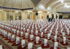 ۱۰۰۰ بسته حمایتی بین خانوادههای زندانیان لرستان توزیع شد