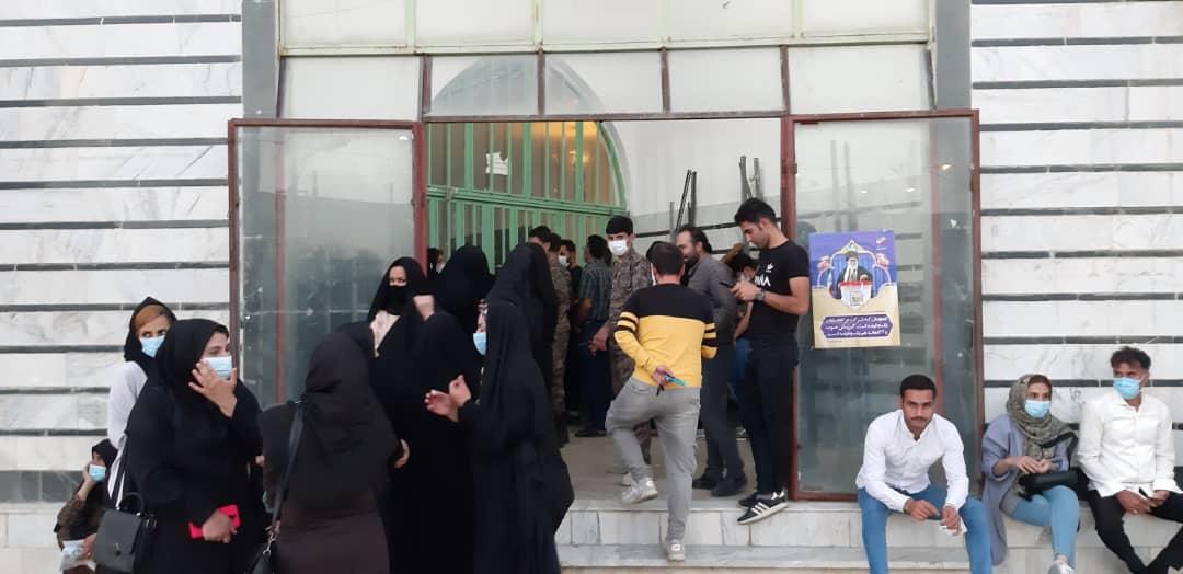 01 2 | حضور شبانه و پرشور مردم شهرستان دلفان در پای صندوق های رای (2) | امید لرستان
