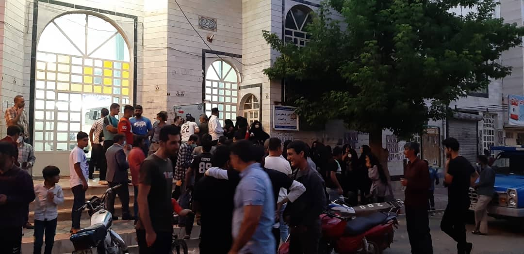 01 5 | حضور شبانه و پرشور مردم شهرستان دلفان در پای صندوق های رای (2) | امید لرستان