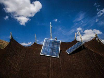 آغاز توزیع ۱۳۰۸ پنل خورشیدی در بین عشایر لرستان