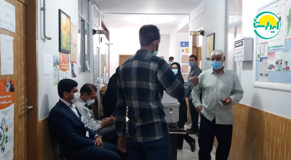 2 2 | حضور پرشور مردم خرم آباد در پای صندوق های رای | امید لرستان