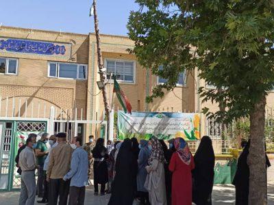 حضور پرشور مردم خرم آباد در پای صندوق های رای