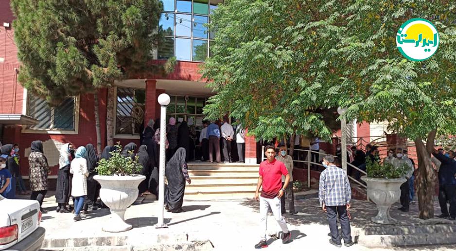 4 2 | حضور پرشور مردم خرم آباد در پای صندوق های رای | امید لرستان
