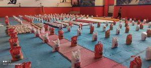 photo 2021 05 16 20 57 49 2 | اهدای 400 بسته معیشتی به نیازمندان و آسیب دیدگان بیماری کرونا در خرم آباد | امید لرستان