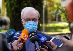 تزریق واکسن داخلی در کنار واکسنهای وارداتی در کشور انجام میشود/ اعلام زمان تزریق عمومی واکسن ایرانی