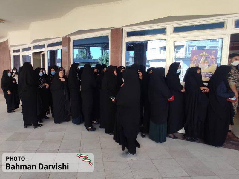 حضور پرشور مردم کوهدشت در پای صندوق های رای