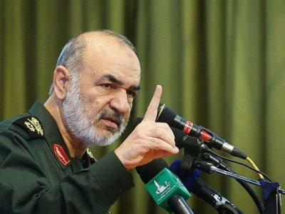 حنای آمریکا دیگر رنگی ندارد/ دشمنان ما فقط حرف میزنند/ ایران در هیچ نقطهای اشغالشدنی نیست
